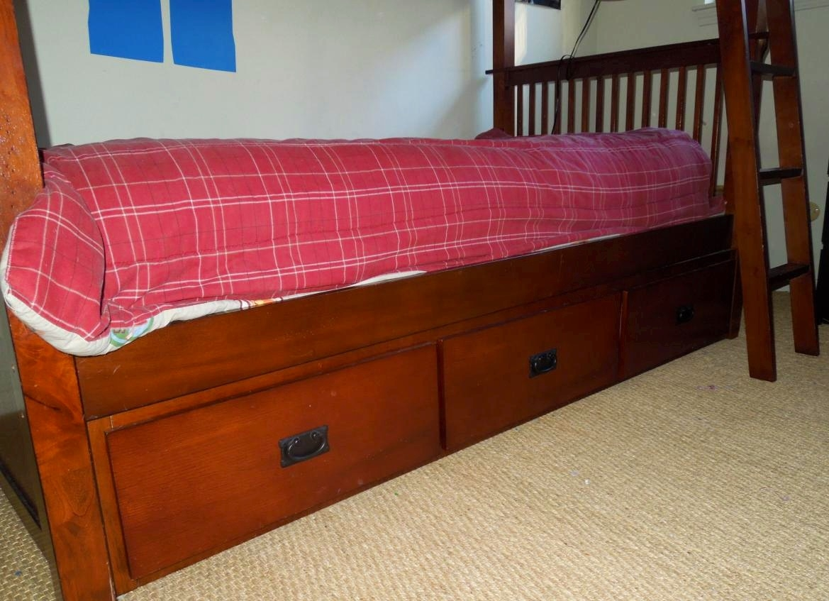Bunk Bed 3 Drawer.JPG