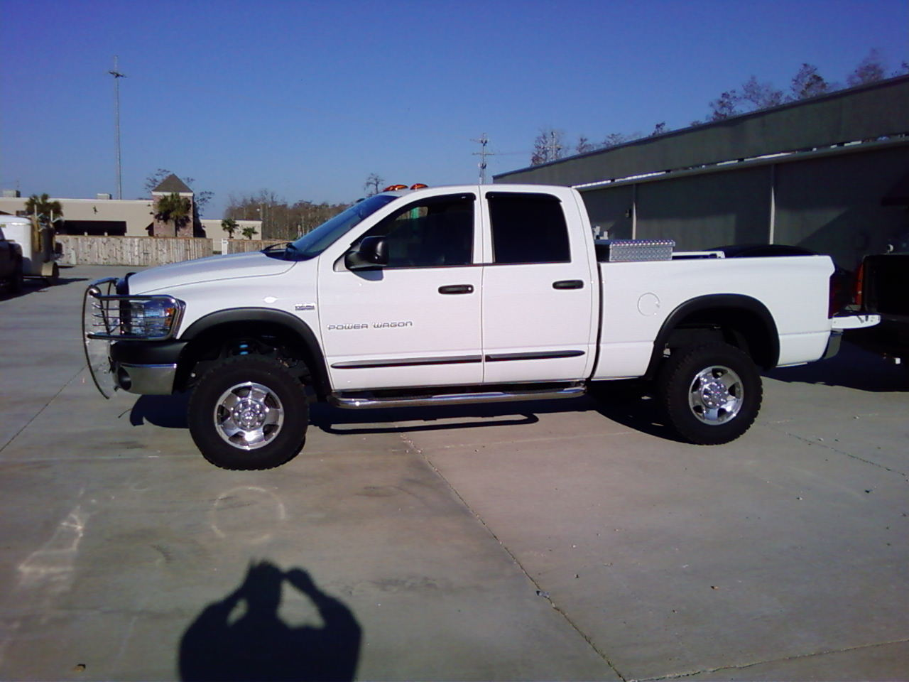 Dodge.Powerwagon.2009.jpg