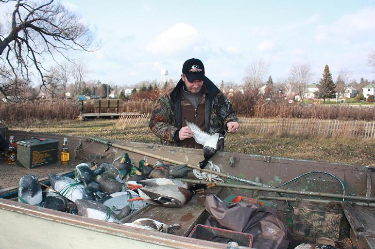 duck hunting west lake 2009 029.JPG