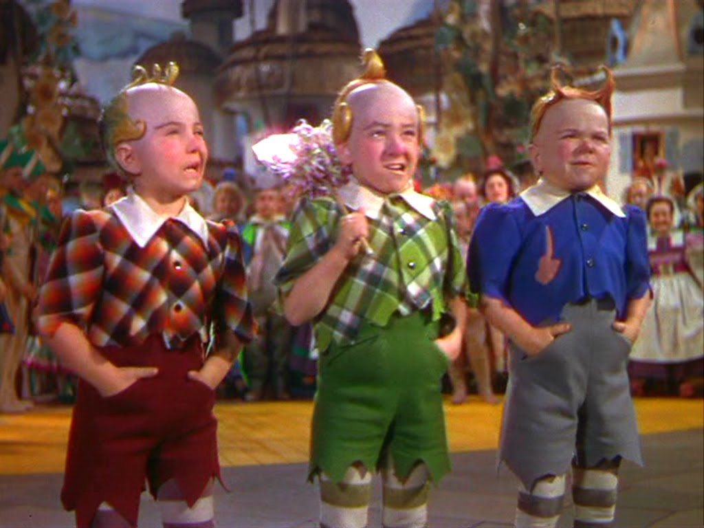 wizard_of_oz_0426_munchkins.jpg